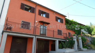 house for sale Tuscany Caprese Michelangelo
