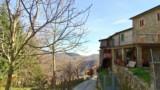 281-House-in-Poppi-Tuscany-34