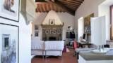 447-Tuscan-villa-near-Arezzo-13