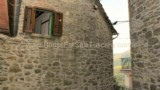 635-House-in-a-typical-Tuscan-village-2