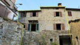 635-House-in-a-typical-Tuscan-village-6