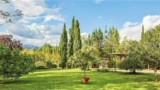 675-Villa-in-Lucca-2