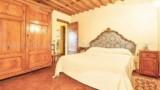 675-Villa-in-Lucca-6