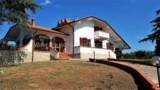 785-Price-reduced-villa-in-Tuscany-1