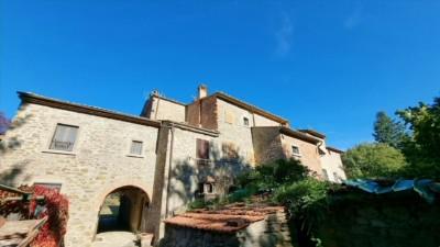 Tuscan house for sale in Palazzo del pero - Arezzo - Italy